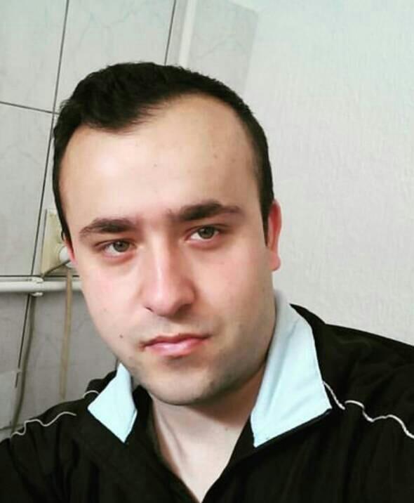 Dženis Mujezinović